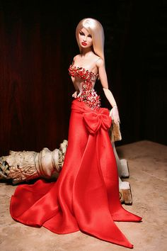 Most Desired Eugenia Barbie Gowns, Barbie Dress, Barbie Clothes, Fashion Royalty Dolls, Fashion Dolls, Barbie Mode, Beautiful Barbie Dolls, Barbie Collection, Barbie World