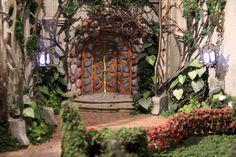 A porta do Castelo Rá-Tim-Bum em versão maquete: | 33 imagens exclusivas do Castelo Rá-Tim-Bum visto de dentro