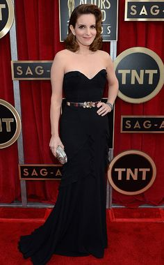 Tina Fey in Oscar de la Renta- Fey continued to play it safe on the red carpet. This belted de la Renta gown is chic, but it feels like we've seen it before. Am I the only one who wishes she'd take a cue from JLo and slip on something super-sexy? C