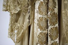Wrap, Evening.  House of Worth (French, 1858–1956).  Date: late 19th–early 20th century. Culture: French. Medium: wool.