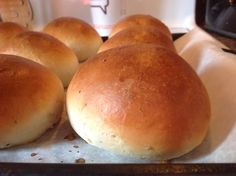 The new art of baking: Hveteboller - Norwegian Cardamom Sweet Buns