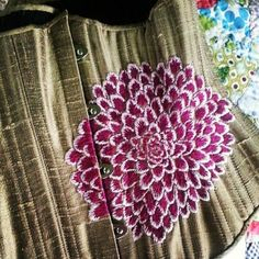 Piper Ewan Dahlia Corset. I've had dreams about this embroidery. Via Piper Ewan's Pinterest.