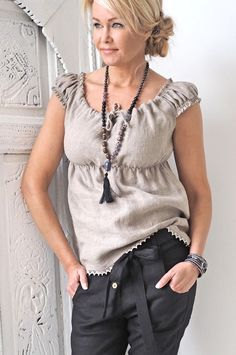 BYPIAS Linen top/ @bypiaslifestyle www.bypias.com