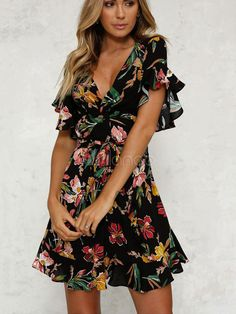 The dress is floral printing. The dress has short sleeve. The dress features deep v neck. The dress has just one color,black. The dress is slim and can make you more fashionable,sexy and beautiful. Sexy Dresses, Casual Dresses, Short Sleeve Dresses, Summer Dresses, Short Sleeves, Mini Dresses, Beach Dresses, Dress Outfits, Flowy Dresses