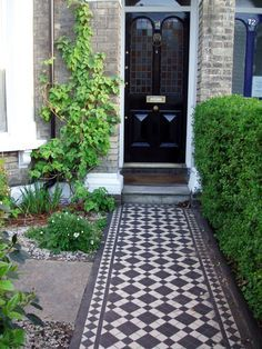 Porches Victorian Front Door Stairs 33 Ideas If you want to get created you can cut, paste, and add Victorian Homes, House Front, Victorian Front Doors, Victorian Porch, Porch Tile, Victorian Front Garden, Front Path, Front Door Porch, Victorian Terrace