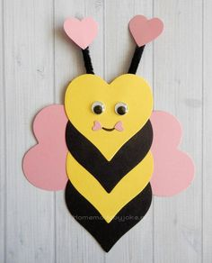 Om deze leuke dieren van hartjes te knutselen heb je behalve gekleurd papier nie… In addition to colored paper, you don't need to make these cute animals from the heart … – craft – # animals # colored Valentine's Day Crafts For Kids, Valentine Crafts For Kids, Daycare Crafts, Summer Crafts, Toddler Crafts, Preschool Crafts, Valentines Diy, Holiday Crafts, Art For Kids