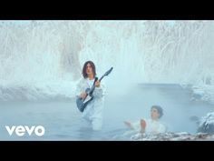 The official video for 'I Wanna Prove To You' by The Lemon Twigs, directed by Nick Roney. Taken from new album 'Do Hollywood', out now on 4AD: http://smartur...