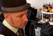 Nipple tattooing artist Vinnie Myers helps breast cancer survivors | WJLA.com