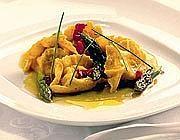 Le «Creste di parmigiano», la pasta di primavera firmata da Marco Parizzi
