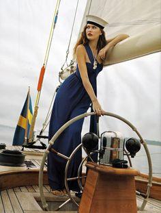 Come sail away...
