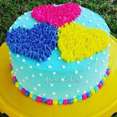maina bola jab tu nai bol thi hai mai bed pa thi tho raha tha hu safina sorry thoda i am in a sleepy mood n that's why nai dekha maina kya likha hai Cake Decorating Piping, Cake Decorating Designs, Creative Cake Decorating, Cake Decorating Videos, Creative Cakes, Cake Designs, Cookie Decorating, Cake Icing, Cupcake Cakes
