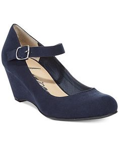 Great low heel shoe for mother of the bride or grandma ...