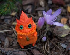 Jouet d'art fait sur commande « Esprit de la feuille d'automne » oaak poupée fantastique créature kodama