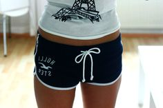 Hollister shorts are so pretty.