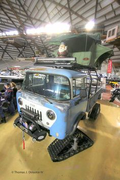 Jeep FC-150, bed from narrowed M-105