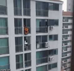 Firefighter saves a suicidal woman with one powerful kick in the stomach | allkpop.com