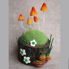"""Игольница """"Солнечный пенек"""". Handmade. Вязаные грибы"""