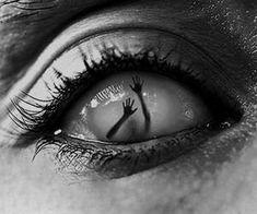 gif gifs disney cocaine drugs weed marijuana lsd drug acid psychedelic trip Alice In Wonderland alice mushroom mad smoke weed dmt mushrooms psychedelia get high triipy Dark Art Drawings, Pencil Art Drawings, Art Drawings Sketches, Eyes Artwork, Beautiful Dark Art, Beautiful Eyes, Aesthetic Eyes, Creepy Art, Dark Photography