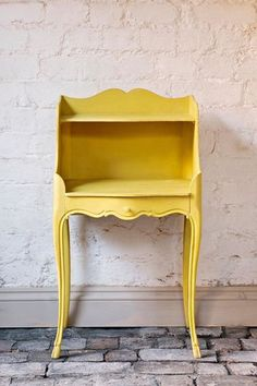 Annie Sloan's English Yellow