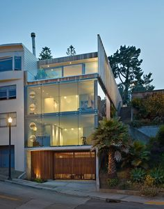 Three-story glass tower in San Francisco