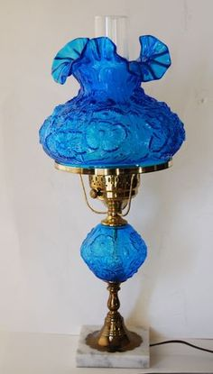 Rare Fenton Blue Lamp Fenton Lamps, Fenton Glassware, Antique Glassware, Antique Oil Lamps, Antique Lighting, Vintage Lamps, Victorian Lamps, Victorian Interiors, Lantern Lamp
