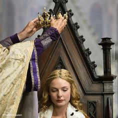 #TheWhiteQueen wears the crown.