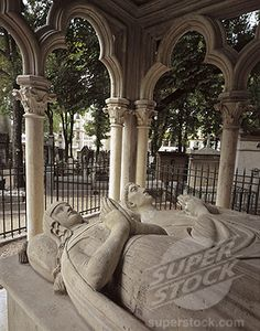 Tomb of Abelard and Heloise, Pere Lachaise Cemetery, Paris, Ile-De-France… Cemetery Statues, Pet Cemetery, Cemetery Angels, Julius Caesar, Pere Lachaise Cemetery, Famous Historical Figures, Derelict Places, Love Statue, Effigy