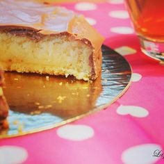Love coconut  Recipe here --> http://lapopotedelsa.fr/tarte-choco-coco/