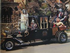 The Munster Koach - The Munsters