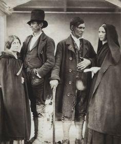 From Sean Sexton collection. Mode Masculine, Irish Costumes, Irish Famine, Strange History, History Facts, Irish Fashion, Old Irish, Old Photography, Old Photos