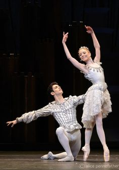 Sarah Lamb & Federico Bonelli in Prince of the Pagodas. Photo: Alice Pennefather.