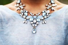 Beautiful blue jewelry for the bridesmaids