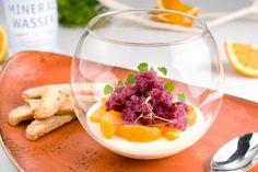 Spekulatius-Panna-Cotta mit Glühwein-Granité auf Gewürz - ein weihnachtliches Dessert der extra Klasse