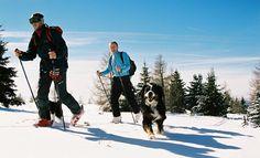 Der Zirbitzkogel ist weithin als schönster Tourenberg der Steiermark bekannt. Touren & Almwellness in der hundefreundlichen Tonnerhütte am Zirbitzkogel. Preis pro Person ab € 278,- für 3 Nächte. #urlaub #reisen #hotel #schneetouren #schneeschuhwandern #steiermark #zirbitzkogel #hund