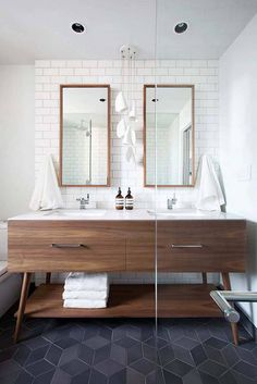 Bathroom inspiration: These mid-century bathroom ideas will inspire you to create the perfect bathroom design. Bathroom Renos, Bathroom Flooring, Bathroom Interior, Tile Flooring, Bathroom Vanities, Bathroom Remodeling, Bathroom Furniture, Budget Bathroom, Mirror Bathroom