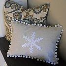 Snowflake Pillow #holidaycheer :: Hometalk
