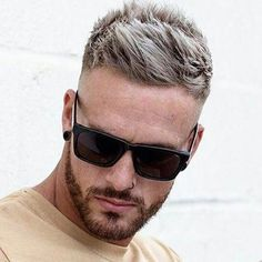 I like this men's hair cut. Mens Hairstyles Fade, Cool Hairstyles For Men, Haircuts For Men, Men's Hairstyles, Mens Hair Fade, Popular Mens Hairstyles, Medium Hairstyles, Wedding Hairstyles, Hair And Beard Styles