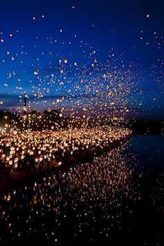 Floating Lantern Festival, Thailand- I want to see this so much, it looks like the floating lanterns in Tangled. Lantern Festival Thailand, Floating Lantern Festival, Floating Lanterns Wedding, Oh The Places You'll Go, Places To Travel, Places To Visit, Travel Destinations, Travel Tips, Dark Places