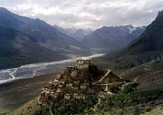 Ki Monastery-Spiti | Hill Post Key Gompa is a Tibetan Buddhist monastery located on top of a hill at an altitude of 4,166 metres above sea level, close to the Spiti River, in the Spiti Valley of Himachal Pradesh, Lahaul and Spiti district, India