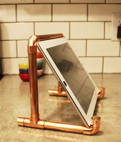 DIY Copper Pipe iPad Stand