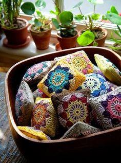 a quieter storm - rusticmeetsvintage: . by -namolio- Chrochet, Crochet Granny, Crochet Motif, Crochet Doilies, Knit Crochet, Crochet Patterns, Crochet Pincushion, Cute Lamb, Craft Fair Displays
