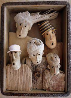 27 cm x 21 cm x 6 cm Driftwood Fish, Painted Driftwood, Driftwood Wall Art, Driftwood Projects, Driftwood Sculpture, Sculpture Clay, Art Rustique, Art Pierre, Ceramic Figures