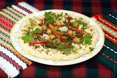 Хумус из нута и тахини со специями и добавками