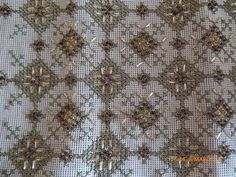 Beaded Embroidery, Embroidery Stitches, Embroidery Designs, Stitch Design, Cross Stitch Patterns, Elsa, Diy And Crafts, Applique, Beads