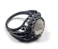 belonging to the darkness sterling silver by BloodMilk on Etsy Emo Jewelry, Gothic Jewelry, Jewelry Art, Jewelry Accessories, Jewelry Rings, Antique Engagement Rings, Antique Rings, Antique Jewelry, Ring Bracelet