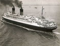 """The French Line's legendary Ile de France of """"miraculously a virgin again"""", makes her maiden post-War arrival in New York Harbour, Image via Todd Neitring. Merchant Navy, Merchant Marine, Enchantment Of The Seas, Independence Of The Seas, Royal Caribbean Ships, Harmony Of The Seas, Water Crafts, Sailing, Ocean"""