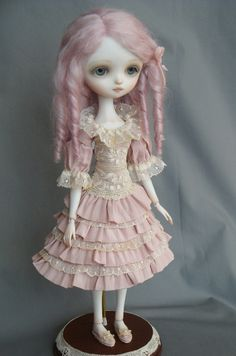 Julie - Porcelain ball jointed doll BJD made by Ana Salvador