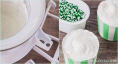 Blitzschnelles Frozen-Yogurt-Rezept ohne Ei, das nicht nur zuckerfrei und fettarm ist, sondern auch noch wunderbar cremiges Eis ergibt.