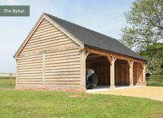 Cartlodge - oak cladding and slate roof