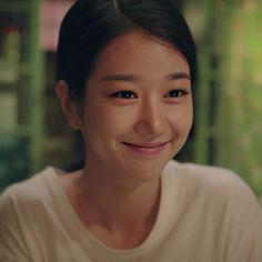 Asian Actors, Korean Actresses, Korean Actors, Seo Ji Hye, Hyun Seo, Korean Drama Quotes, Korean Drama Movies, Kim Bok Joo Wallpaper, Beyond Beauty